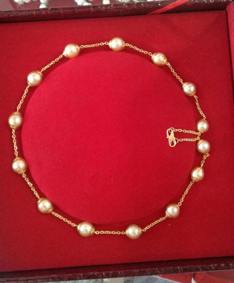 one sample of inside the box of parcels abdurrachim missjoaquim pearl